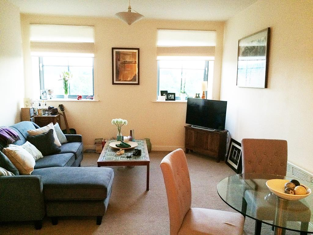 1 bedroom flat Let Agreed in Bingley - Property photograph